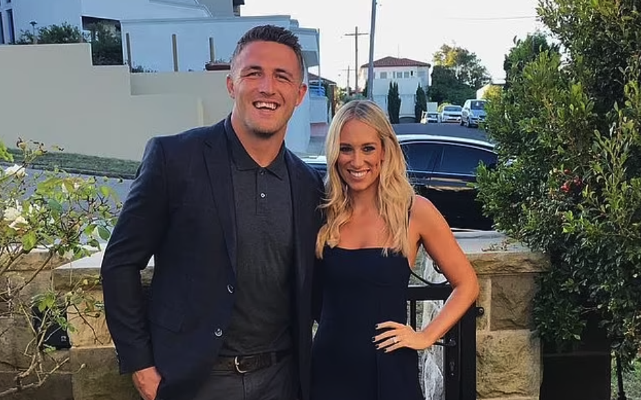 Phoebe Burgess appears to have taken another *not so subtle* swipe at ex-husband Sam Burgess after he admitted on SAS Australia 2021 that he 'forced things' to work between the pair.